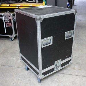 Flightcase_stolp_600X600_zwart